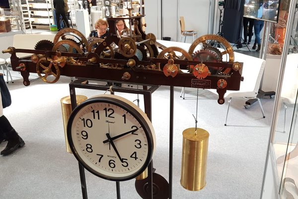 mechanizm zegara wieżowego