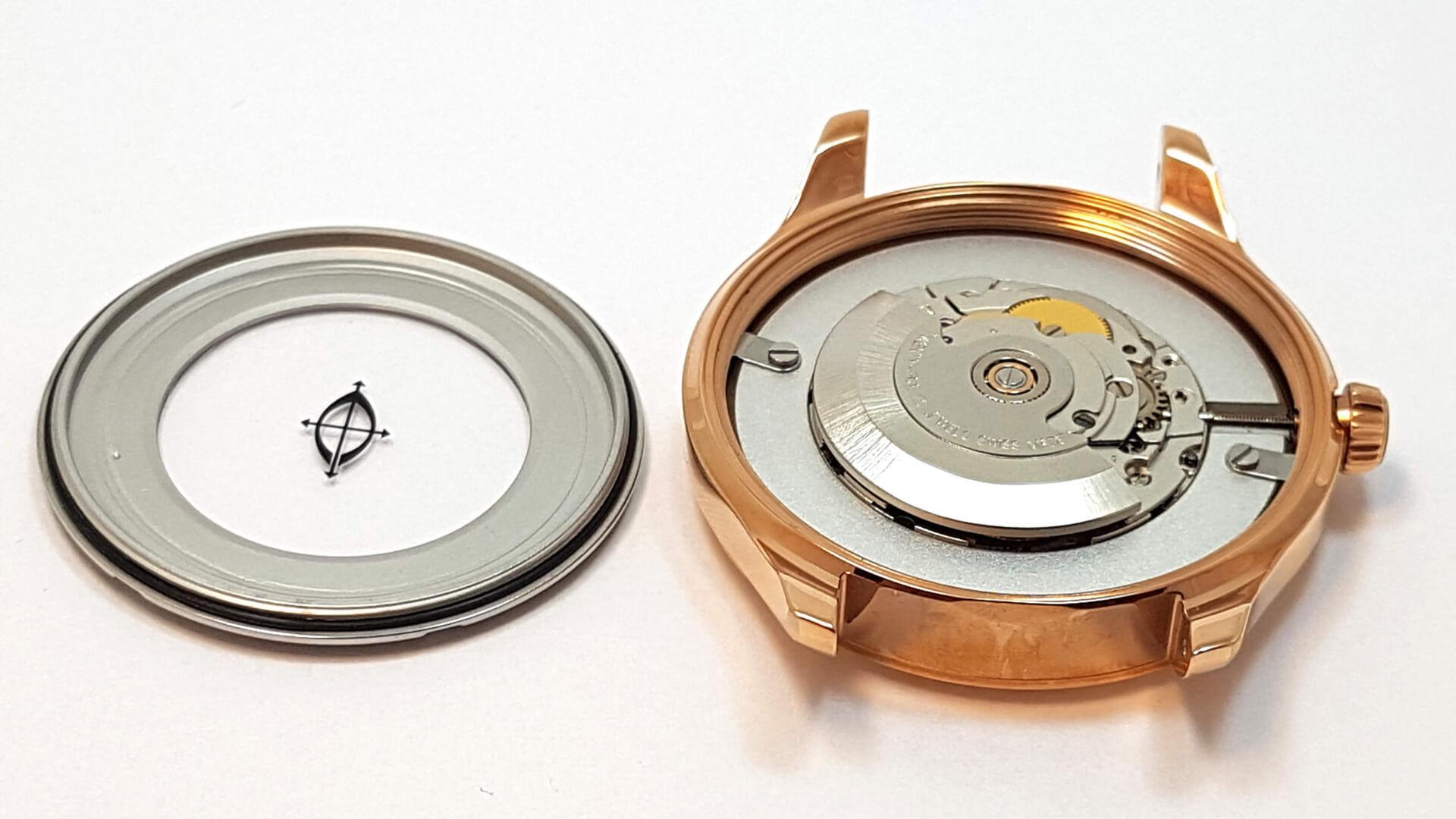 Dekiel koperty a szczelność zegarka