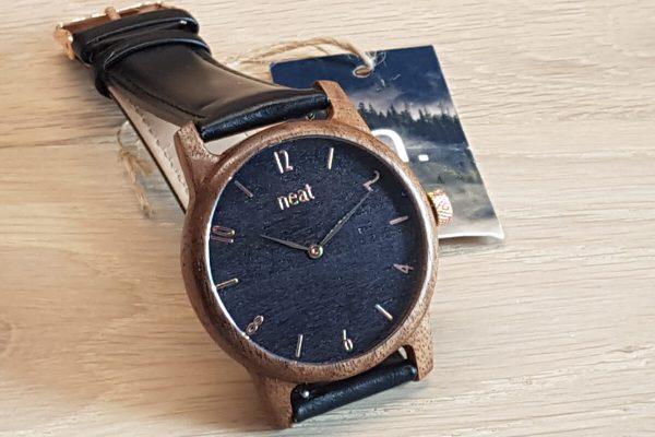 Neat – schludne i ekologiczne zegarki w kopertach z drewna