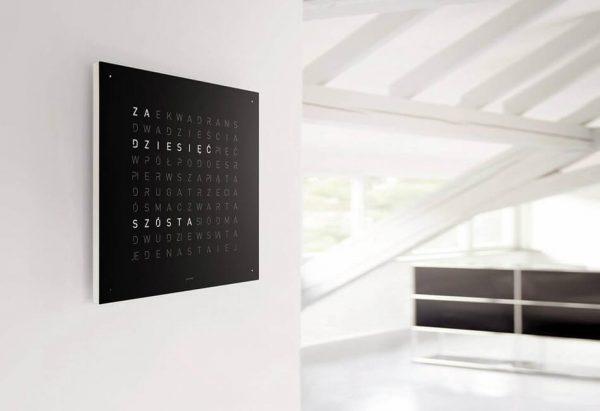 QlockTwo - zegar i dekoracja ściany