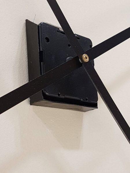 mechanizm do zegara ściennego