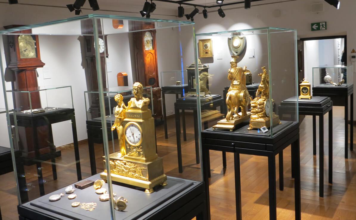 Sala zegarowa w Muzeum Warszawy