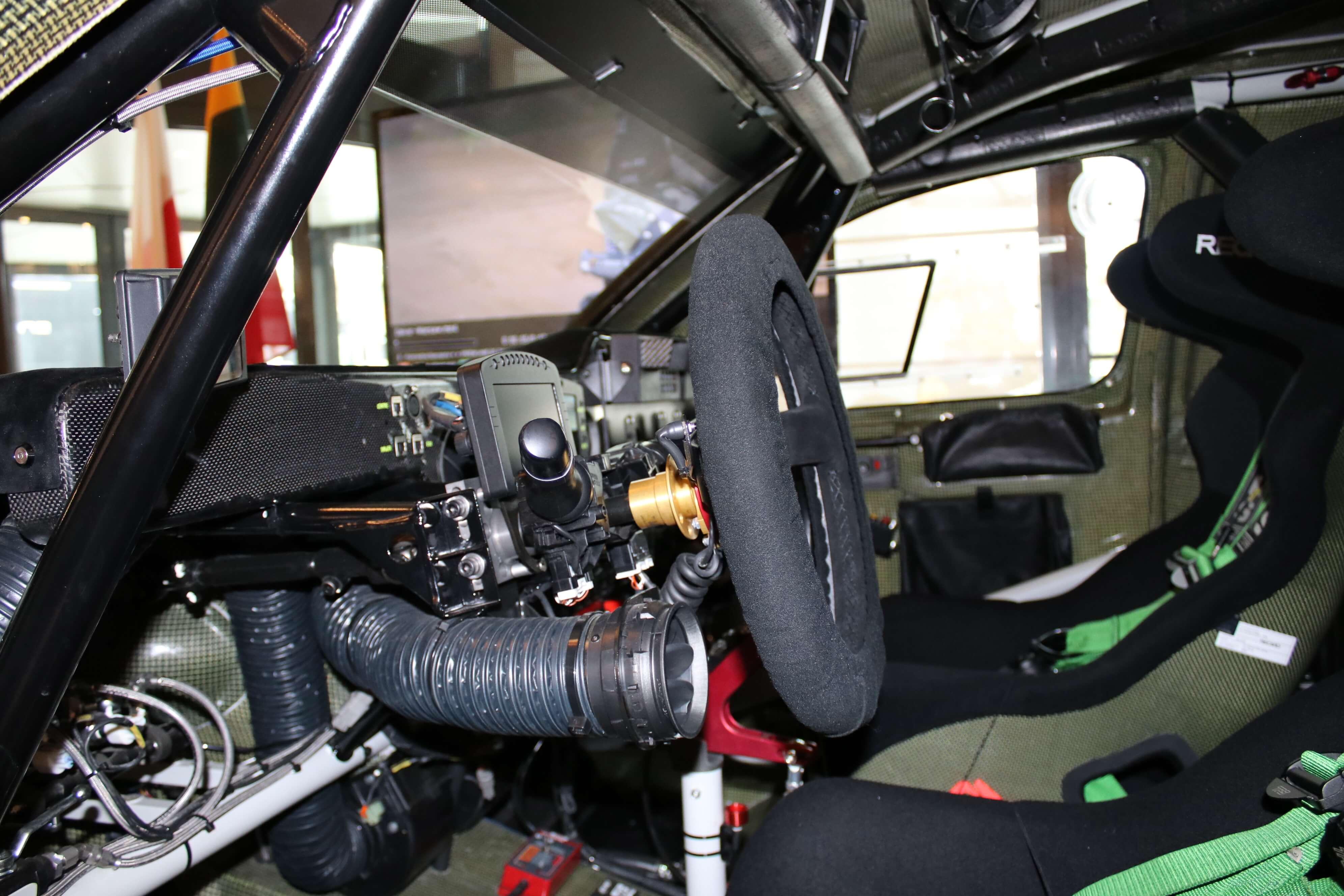 Wnętrze samochodu Toyota Gazoo Racing Hilux