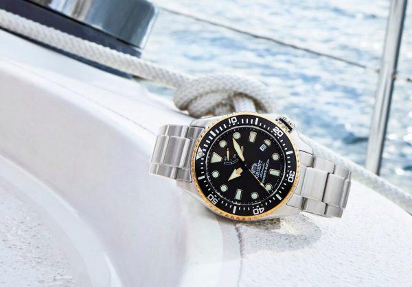 Sportowy zegarek marki Orient